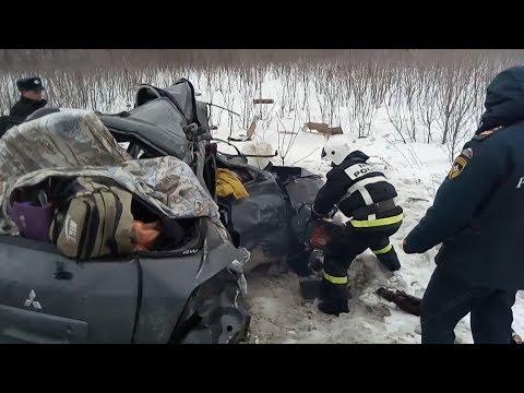 В Волгоградской области пять человек погибли в ДТП с фурой