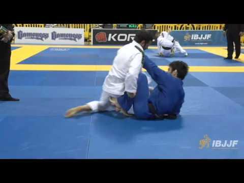 世界柔術選手権(ムンジアル)2014 1回戦 吉岡大選手