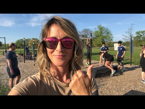 Live outdoor core workout