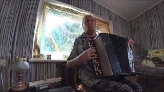 #1159 Беларусь Брест ЭлДжи с Лешей на связи Папа играет на баяне Мы поем