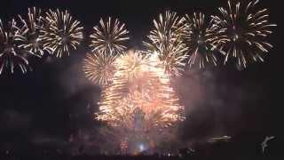 Paris 2015 Feu d'artifice - Tour Eiffel Quatorze Juillet Fireworks - 14 july
