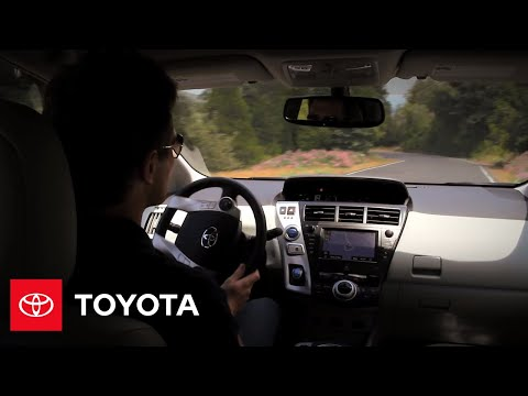 2012 Prius v How-To: Enhanced Vehicle Stability Control - Toyota - 동영상