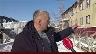 Жильцы деревянного дома по улице Рихарда Зорге в Якутске боятся его обрушения