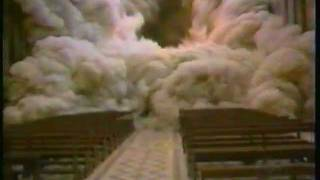 Italy earthquake: st francis basilica and belltower topples to the ground during an earthquake in 1998 campanile caduta durante il terramoto che scosse assis...