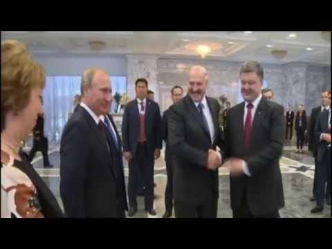 Ukraine-Russia Talks: Poroshenko demands end to flow of troops across border