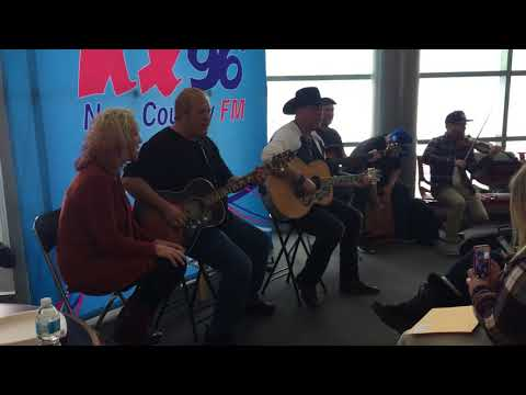 Gord Bamford - Blame It On That Red Dress (Live Acoustic)