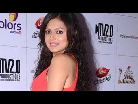 'Madhubala' Actress Dhrasti Dhami @ 2013 Indian Telly Awards