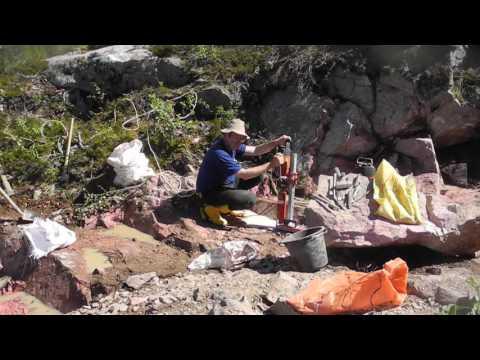 Thulite mining