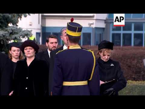 Coffin carrying late Romanian King Michael I arrives in Bucharest