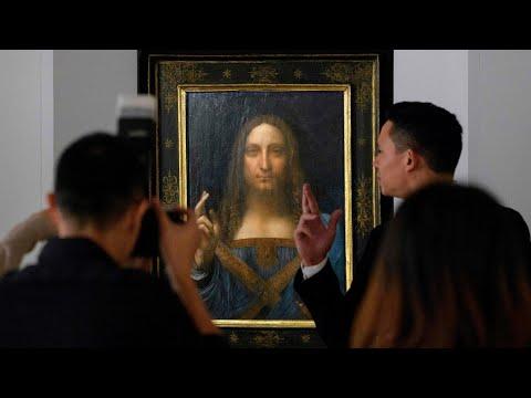 Moment Leonardo da Vinci's Salvator Mundi sells for record-breaking $400m