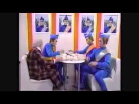 Thunberdirds parody of Thunderbirds in japan 3