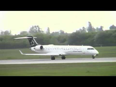 Canadair Regional Jet 700 Landing and Take-Off