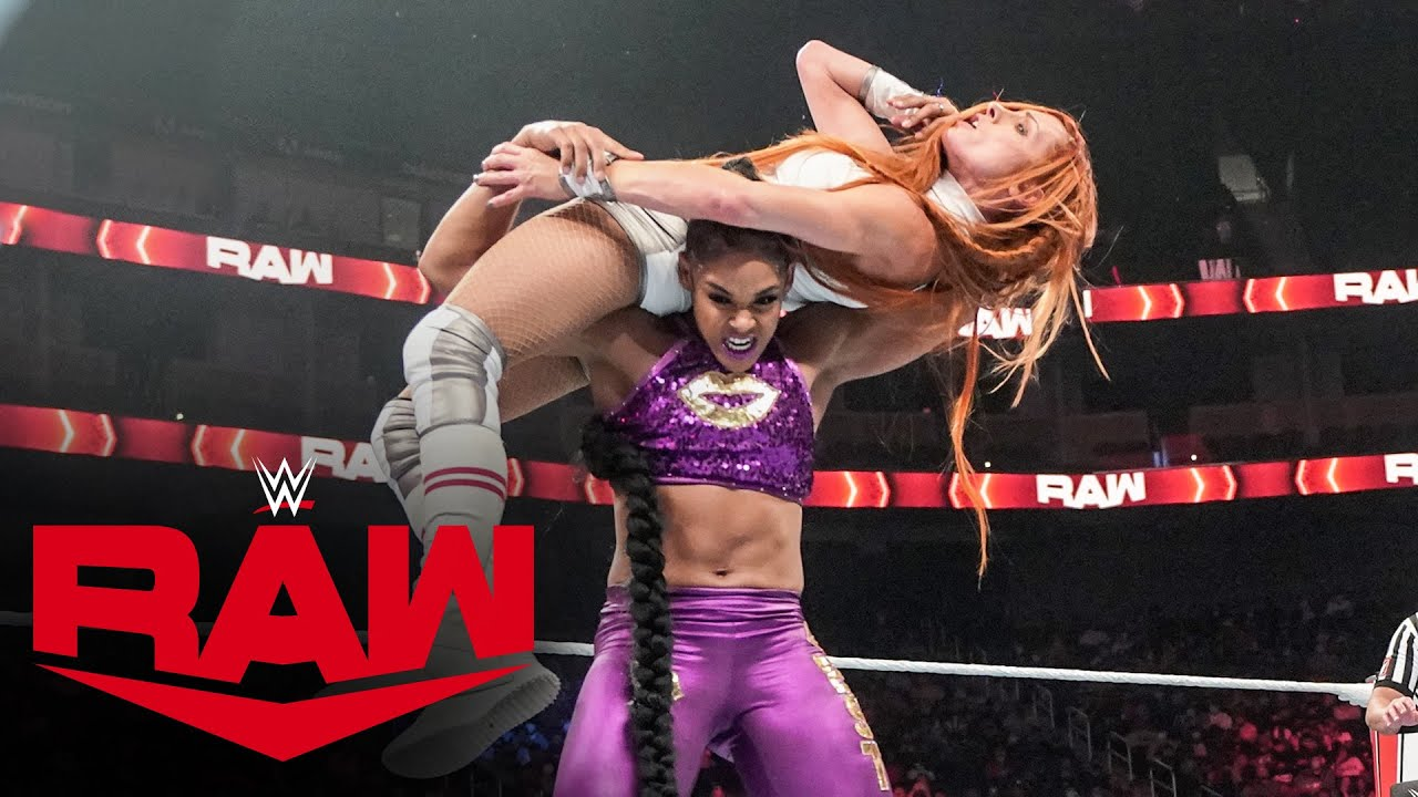 Download Bianca Belair & Sasha Banks vs. Becky Lynch & Charlotte Flair: Raw, Oct. 11, 2021