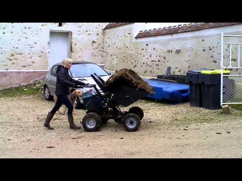 evacuation fumier de cheval dans curie ancienne youtube. Black Bedroom Furniture Sets. Home Design Ideas