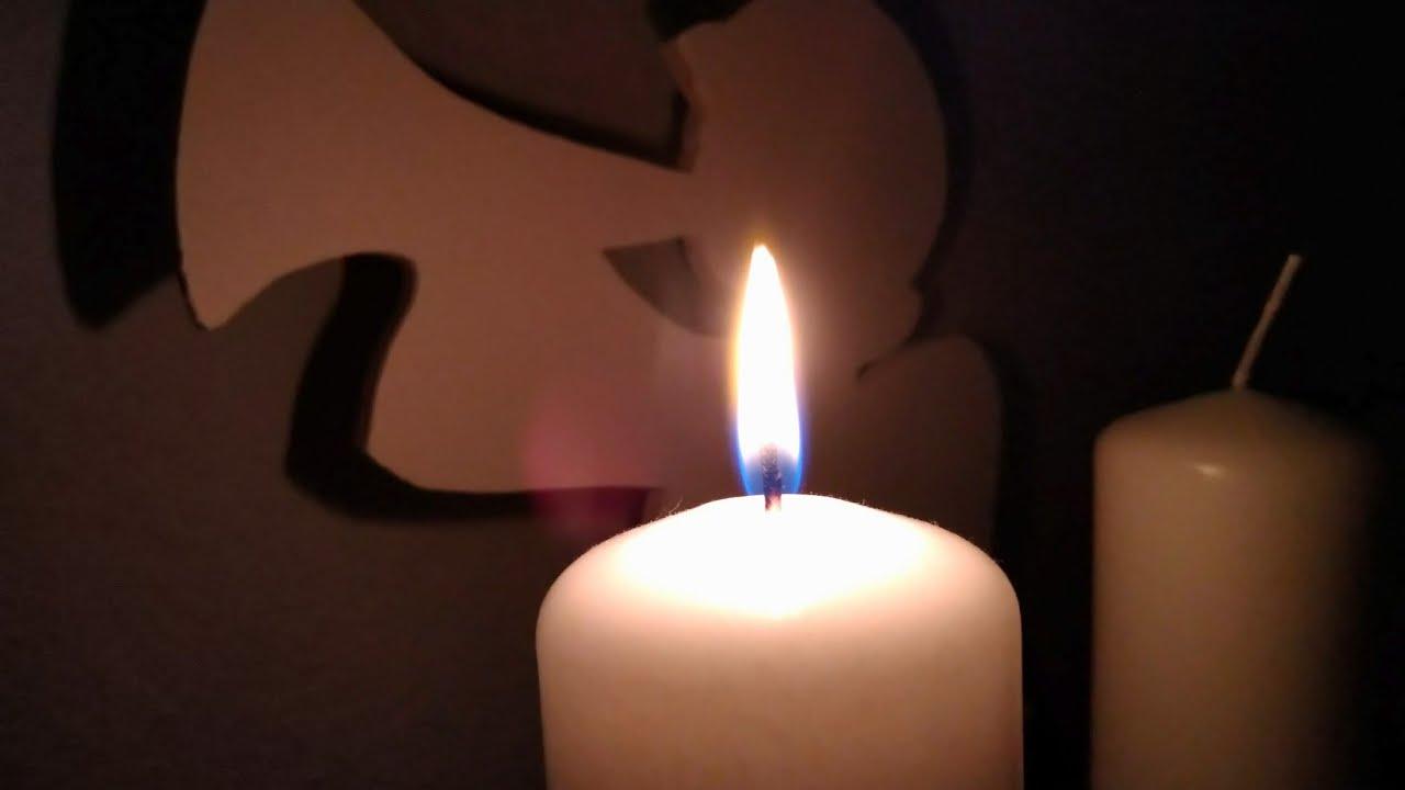 1 advent die erste kerze brennt vorweihnachtliche. Black Bedroom Furniture Sets. Home Design Ideas