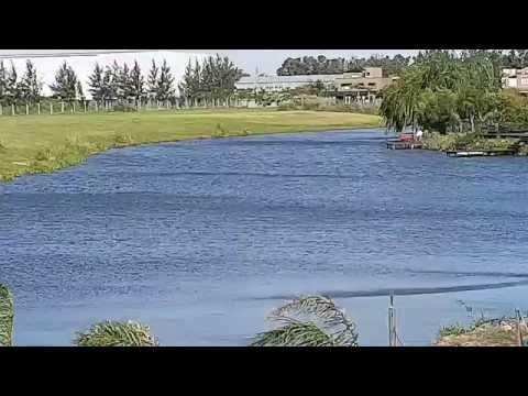 Santa Barbara, Tigre. Espectacular casa a estrenar a la laguna.