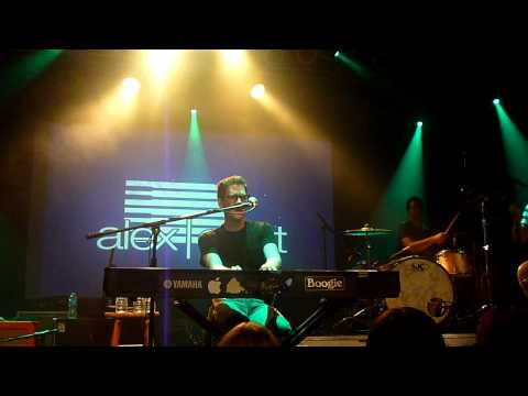 Alex Goot Performing Sensitivty + ing Teenage Dream, Firework, Dynomite  82611