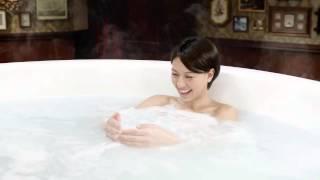 入浴剤のCMです。人気美女アスリートの入浴シーンあり.