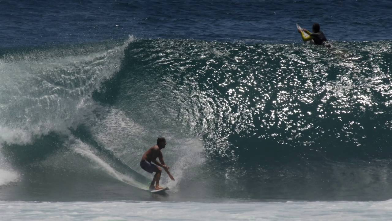 Day In The Dust featuring Peruvian Surfer Jonathan Gubbins