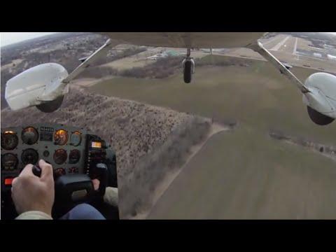 Cessna 172 Crosswind Landing with 21 Knot Wind Gusts