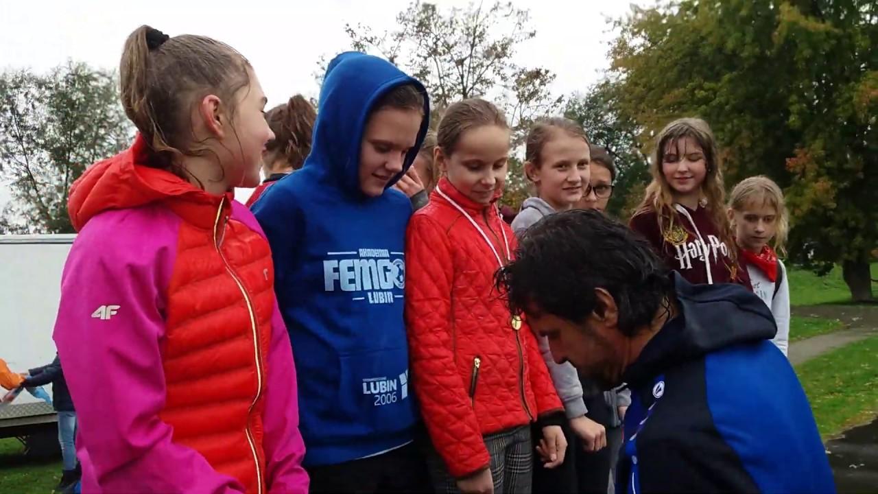 Download SP-8 Lubin mistrzem powiatu w sztafetowych biegach przełajowych 2019