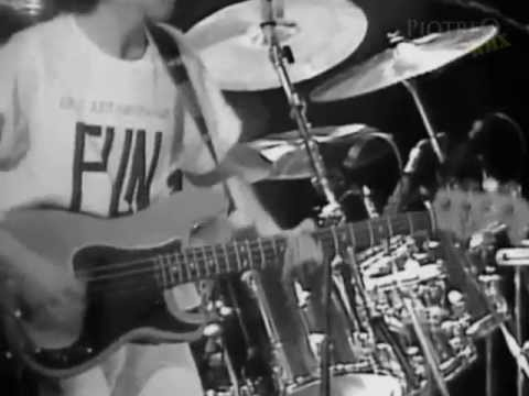 Queen - I Want To Break Free (PiotreQ Rock Remix)