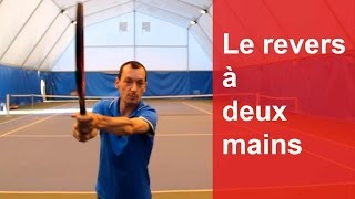 La technique du revers à 2 mains au tennis à plat/un peu lifté