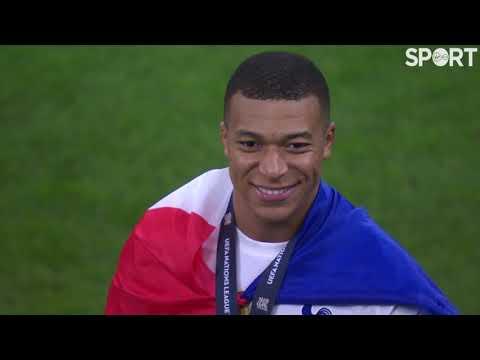 France celebrate winning the UEFA Nations League! 🇫🇷🏆