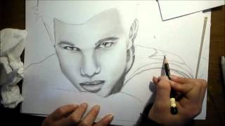speed drawing: Taylor Lautner by 14 year old