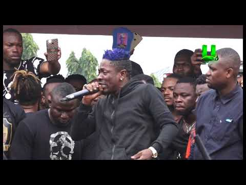 Shatta Wale cries at Ebony's One Week Observation