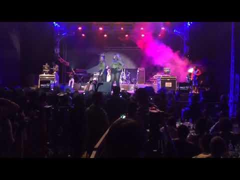 Singer Winnie Nwagi thrills revelers at WizKid's Kampala show