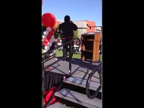 Joe Tolo singing Love On Top:  Beyonce @ CSUEB Welcome Day