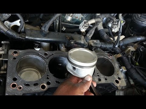 Toyota Corolla 7afe 4afe Engine rebuild Install pistions, cylinder head, set engine timing 2015