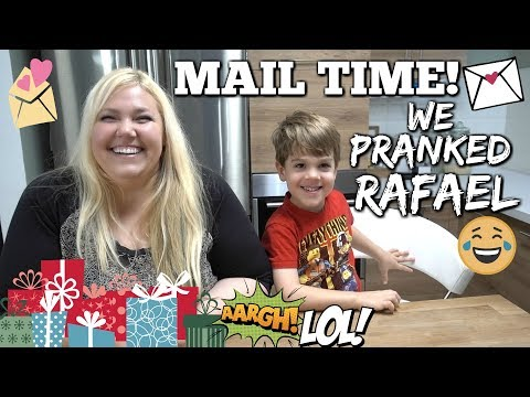 MAIL VLOG: Big Box of Love But We Pranked Rafael!