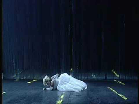 Mireille Delunsch - Violetta's Aria (Sempre libera)