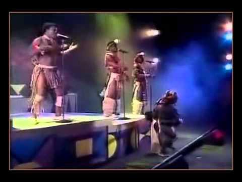 Mfaz' Omnyama - Emazweni Baba (Live perfomanance)