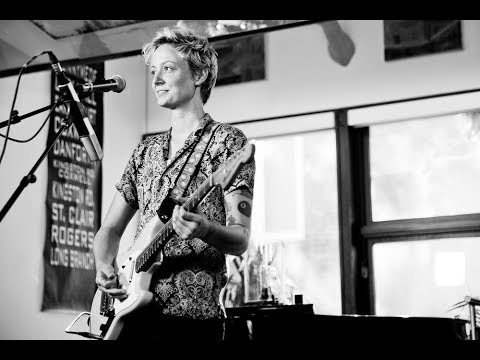 """Mo Kenney - """"Mary Jane's Last Dance (Tom Petty Cover)""""   House Of Strombo"""