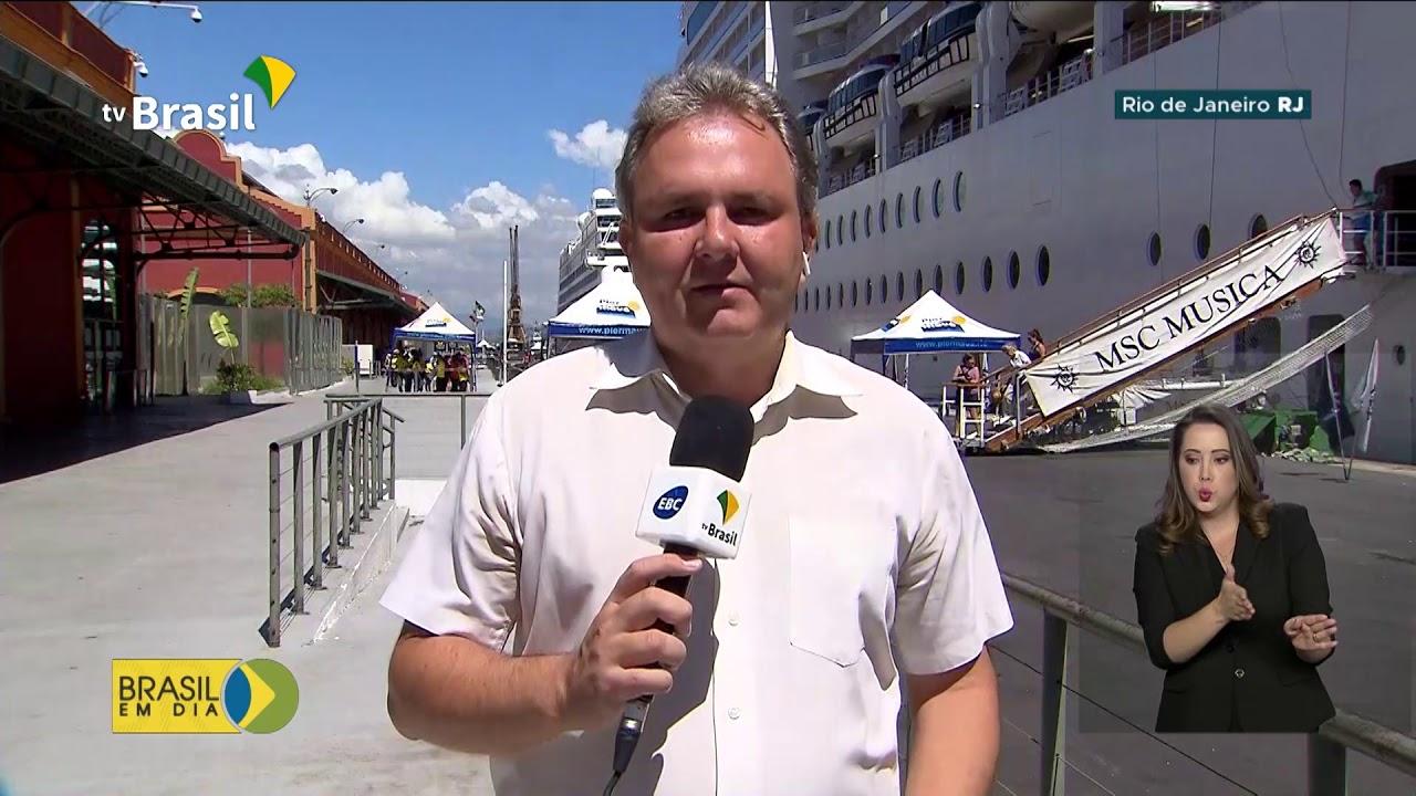Chegada de turistas ao Rio de Janeiro movimenta a economia