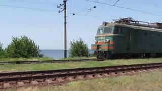 Видео грузового поезда, поезд едет  Trains railways compilations HD, 720p(Видео грузового поезда, поезд едет Trains railways compilations HD, 720p., 2016-08-24T05:56:13.000Z)