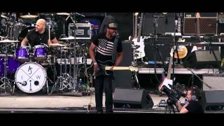 "Ayron Jones and The Way: ""Lay Your Body Down"" (Live at Sasquatch! 2015)"