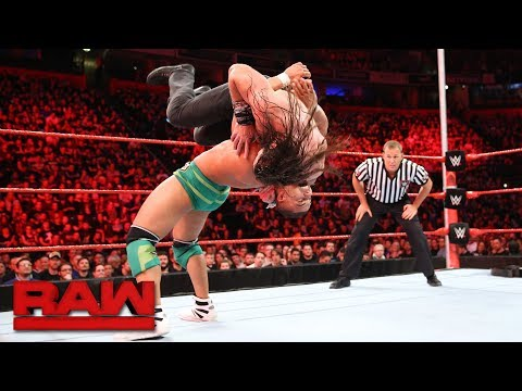 Jason Jordan vs. Elias - Guitar-on-a-Pole Match: Raw, Nov. 6, 2017
