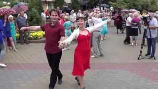 Эти танцоры всегда в центре внимания! Brest! Music! Dance!