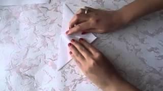 Как сделать тюльпан из бумаги, тюльпан оригами своими руками, мастер-класс(В видеороликах представлены пошаговые мастер-классы, уроки по различным видам рукоделия, изучив их вы науч..., 2014-02-24T09:08:26.000Z)