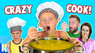 Ava is the CRAZY COOK! (Overcooked 2 Family Battle) KIDCITY