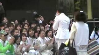 4月25日 東京千秋楽の入り待ちの様子です。 ちかさん、なっちゃん、...
