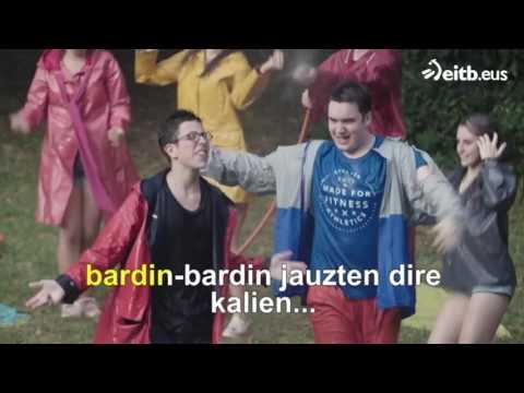 Go!azen: 'Euritan dantzan' (karaokea)