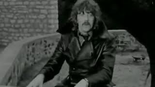 Deep Purple  Hush (Original Film Clip 1968)(Click here to subscribe: http://smarturl.it/DeepPurpleOS Deep Purple Hush (Original Film Clip 1968) Check out this recently discovered film clip of early Mark 1 ..., 2013-10-19T21:37:11.000Z)
