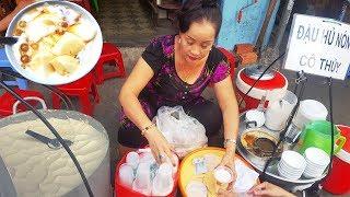 Gánh đậu hủ nóng 30 năm ở  Bùi Viện hút cả khách Tây nhờ nước cốt dừa cực ngon|street food of saigon