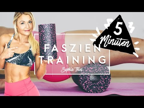 5 Minuten FASZIEN Training   Cellulite bekämpfen   BLACKROLL   Sophia Thiel