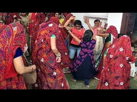 Bhabhi Avegi Re Hamare Bhabhi Avegi Full Song  (Saath Me Cute Bachcho Ka Dance) Ek Baar Zaroor Dekhe